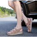 Новое Поступление Обуви Женщина Летние Случайные Сандалии Женщин Рим Большой Размер Радуга Квартиры Крюк Loop Рыбак Женская Обувь Досуг Сандалии
