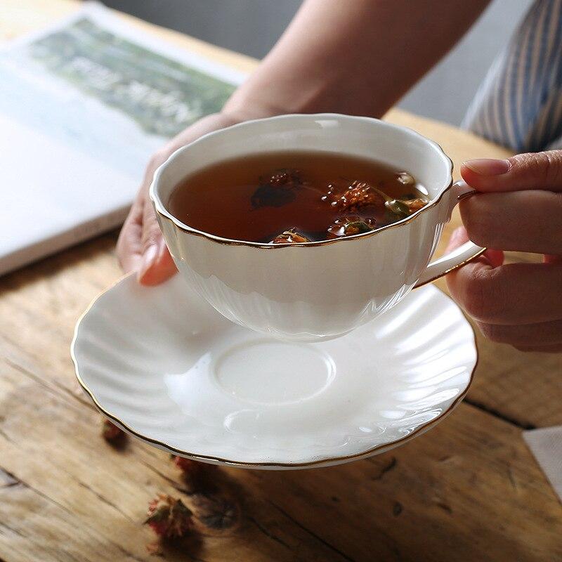 Европейская чашка из костяного фарфора, совпадение, фарфоровая чашка для кофе, блюдце, набор, 210 мл, керамическая чашка для чая, кофейная чашк...