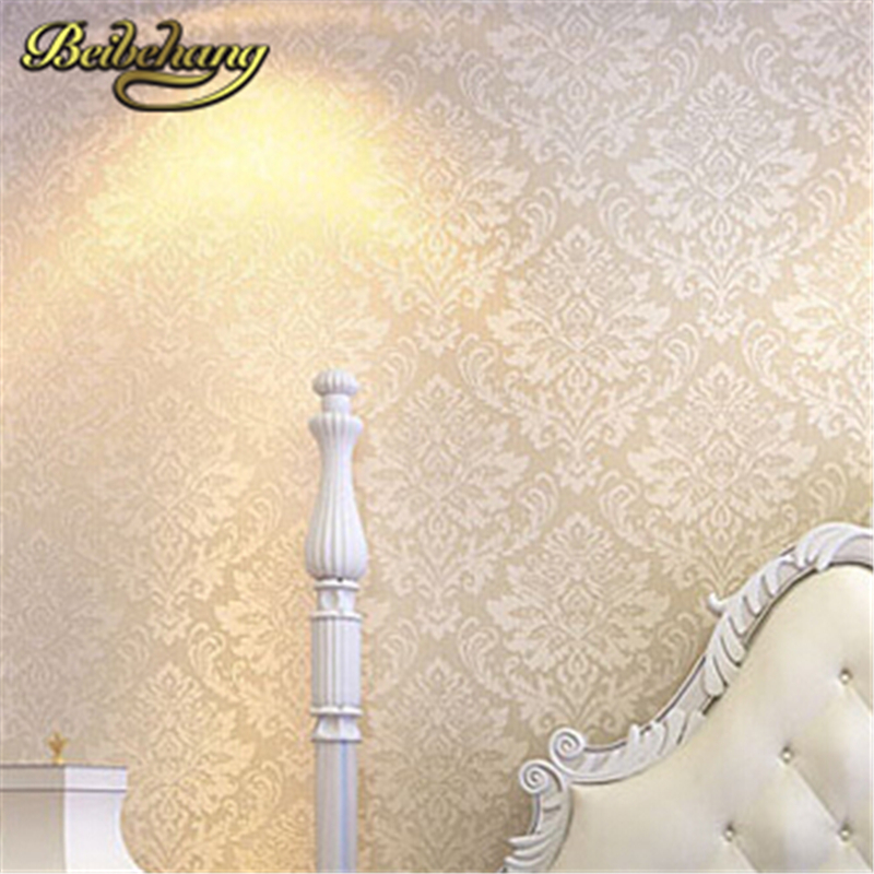 beibehang Wall coverings mural wall paper Roll bedroom sofa Off white Textured feature Europe Vintage Glitter damask Wallpaper  beibehang wall coverings mural wall paper roll bedroom sofa off white textured feature europe vintage glitter damask wallpaper