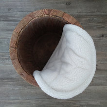 купить Baby Basket cushion blanket photography props,white coral fleece folding basket filler for newborn photo props по цене 963.94 рублей