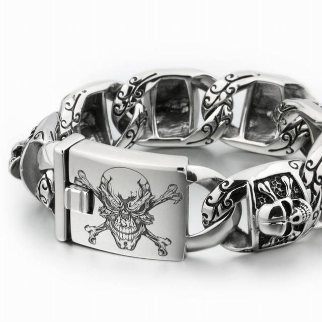 LINSION Huge Heavy 316L Stainless Steel Deep Laser Engraved Pirate Skull Mens Boys Biker Rock Punk Bracelet 5T102