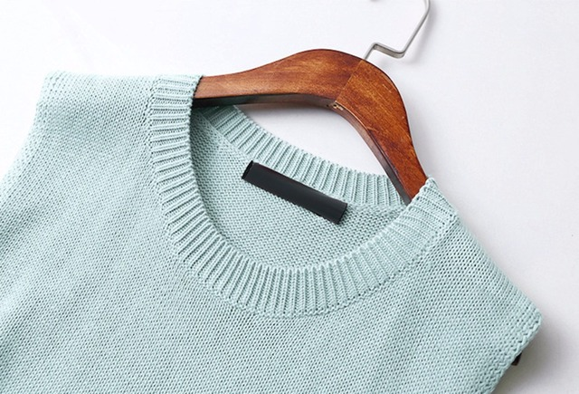 Large Size XL-5XL Loose Knit Women's Vest Water Green Color Waistcoat For Women Oblique Plug Pocket Sleeveless Sweater Vest Coat 3