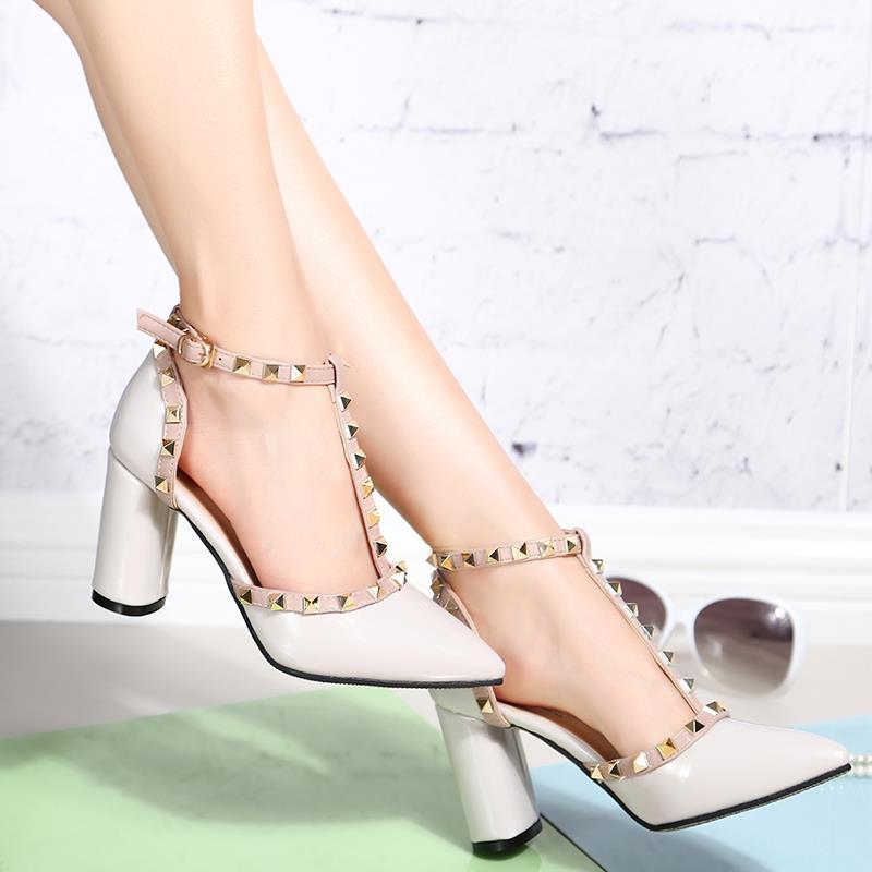 2017 T Strap Schuhe Frau Nieten Pumps Damen Sexy High Heels Schuhe Punkt Toe Weiß Schuhe Kleid Damen Schuhe Zapatos Mujer 2666