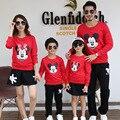 2017 family look niñas mickey minnie niños clothing set hoodies + faldas/pantalones ropa de la madre y la hija de padre e hijo trajes