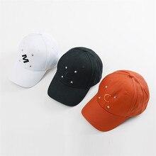 Nueva moda Unisex tapas de cola de caballo desordenado bollos camionero de  béisbol llano gorra de letra impresa sombrero de papá. 2822dbbf7b7