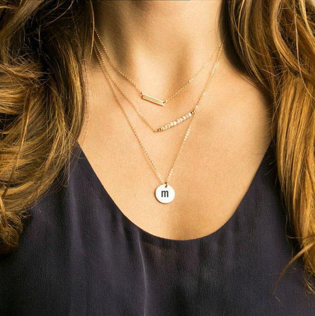 4939e3f3ba79 Disco inicial nombre collares de moda para las mujeres de múltiples capas  collar de cadena de