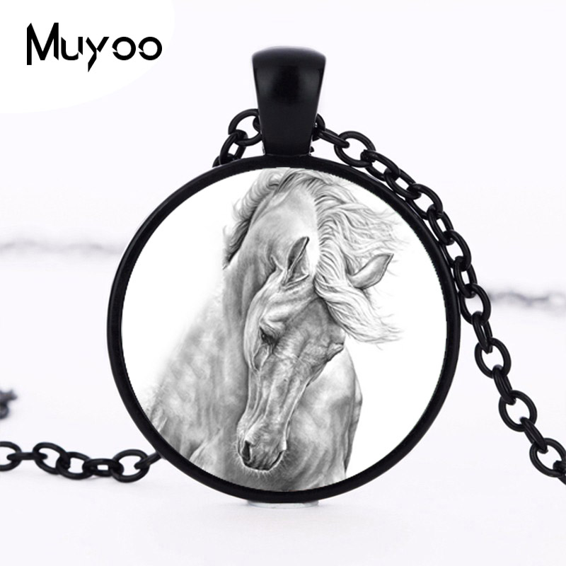 New Black and White Horse Pendant Necklace Jewelry Round Glass Cabochon Horse Necklace Wholesale HZ1