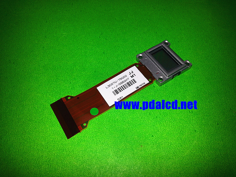 ФОТО Original New E pson  L3C07U-75G00 projector LCD panel L3C07U-75G00 LCD Displays panel free shipping