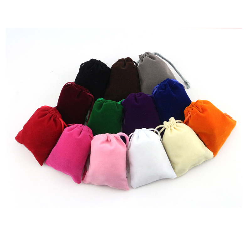 40PCS / LOT Velvet Storage Package Bag Pure Color Drawstring Bag Women Cute Small Bag Christmas Gift