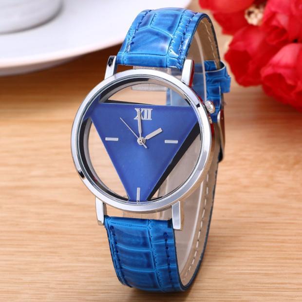 Bild von 2019 Fashion Brand Watches ladies Mens Womens Unique Hollowed-out Triangular Dial Black Fashion Watch