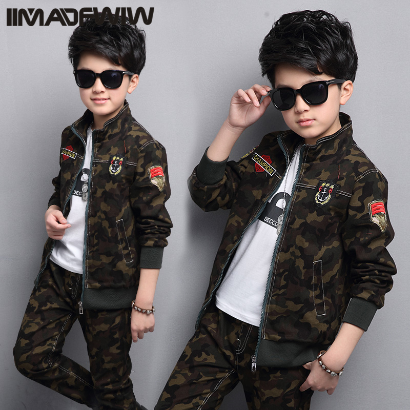 Boy and girls' camouflage suits 2017 new children's clothing spring uniforms Korean version of the spring children in the two- kimocat boy and girl high quality spring autumn children s cowboy suit version of the big boy cherry embroidery jeans two suits