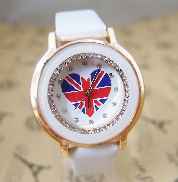 Hot Sales Uk Flag Heart Leather Watch Women Ladies Crystal Dress Quartz Wristwatch Relojes Mujer Go046