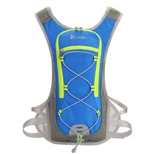 цена Biking Hydration Backpack Portable Sports Water Bags Cycling Backpack Outdoor Climbing Camping Hiking Bicycle Bike Bag в интернет-магазинах