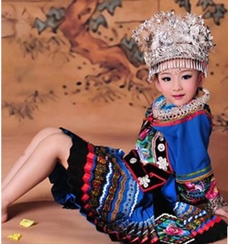 Tian Xian Mei Thematic Photography Costume Minority Miao Ethnic Full Set (Hat + Necklace) 2 Sizes for adult too - sale item Stage & Dance Wear