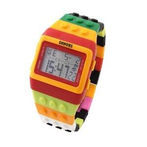 Image 2 - Reloj clásico Unisex de arcoíris, raya colorida, luz LED Digital barata, envío rápido, 2018 Shhors