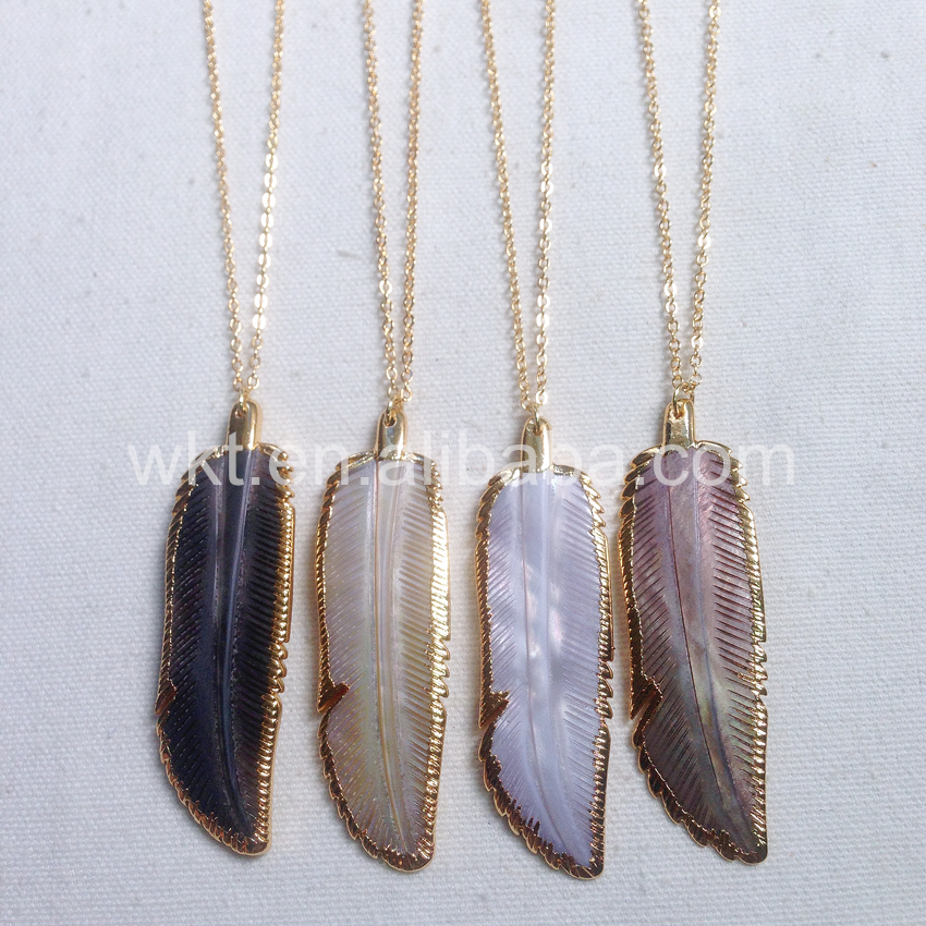 WT-N655 Unique design Feather Natural Abalone Shell pendant necklace natural colors without any dye gold chain necklaces Jewelry