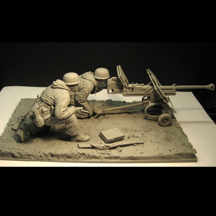 1 16 Scale Resin Figure Eastern War Fortress Soldier with canon but no base