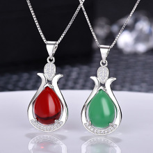 Fashionable Crystal Water Drops Shape Pendant Red Onyx Stones Female Necklace Natural Green Chalcedony Drop