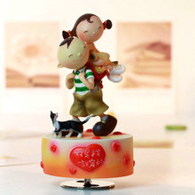 Rotating sweet music box birthday gift girlfriend gifts for wedding and Christmas in home decoration free shipping