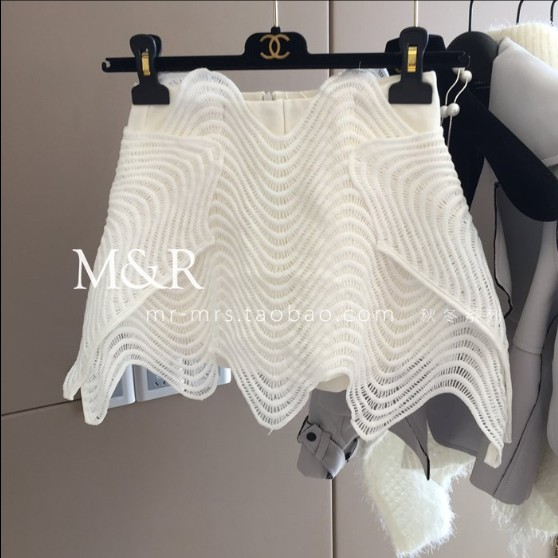 2019 New Fashion Spring Women Asymmetrical Hollow Wide Leg Skirt Shorts Culottes Pure Color Ladies High Waist Lace Shorts Skirts