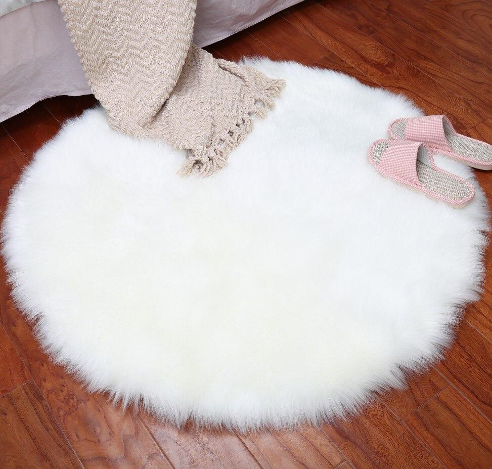 Nouvelle forme ronde Super douce en peau de mouton chaise chaude poilue tapis siège Pad peau fourrure plaine moelleux tapis lavable chambre tapis
