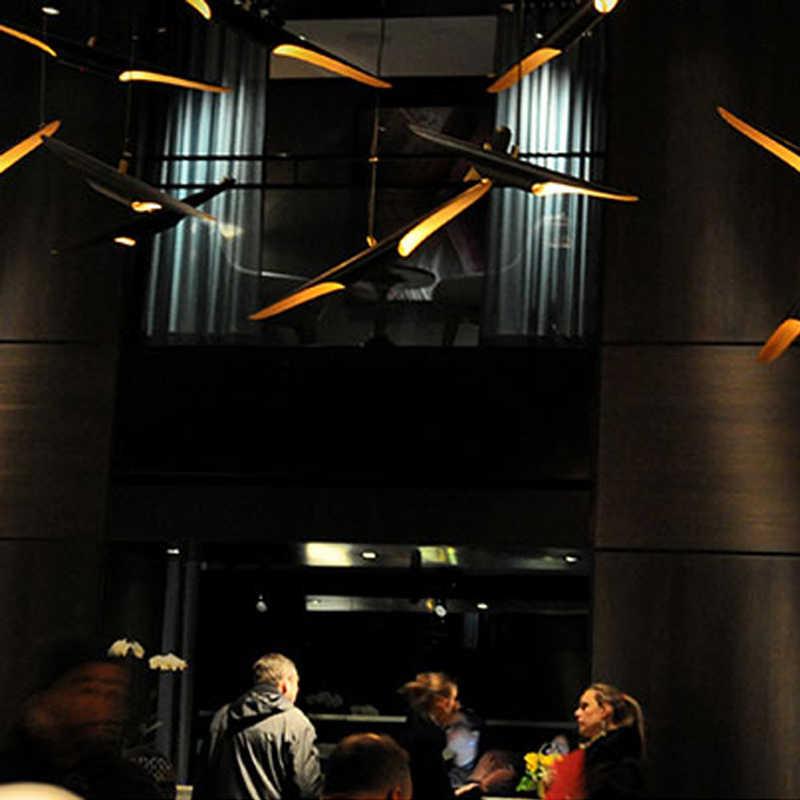 복제 Delightfull Coltrane 현대 로프트 LED 샹들리에 램프 라이트 파이프 튜브 골드 블랙 윙 E27 LED 천장 매달려 램프 라이트
