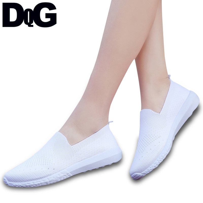 DQG 2018 New Spring Women Shoes Casual Loafers Solid Falts Zapatos Mujer  White Shoes Slip On 7b85c954aef2