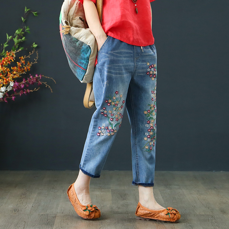 Vintage Floral Embroidered   Jeans   2019 New Spring Summer Harem   Jeans   Women Casual Mid Waist Denim Pants Plus Size 3XL