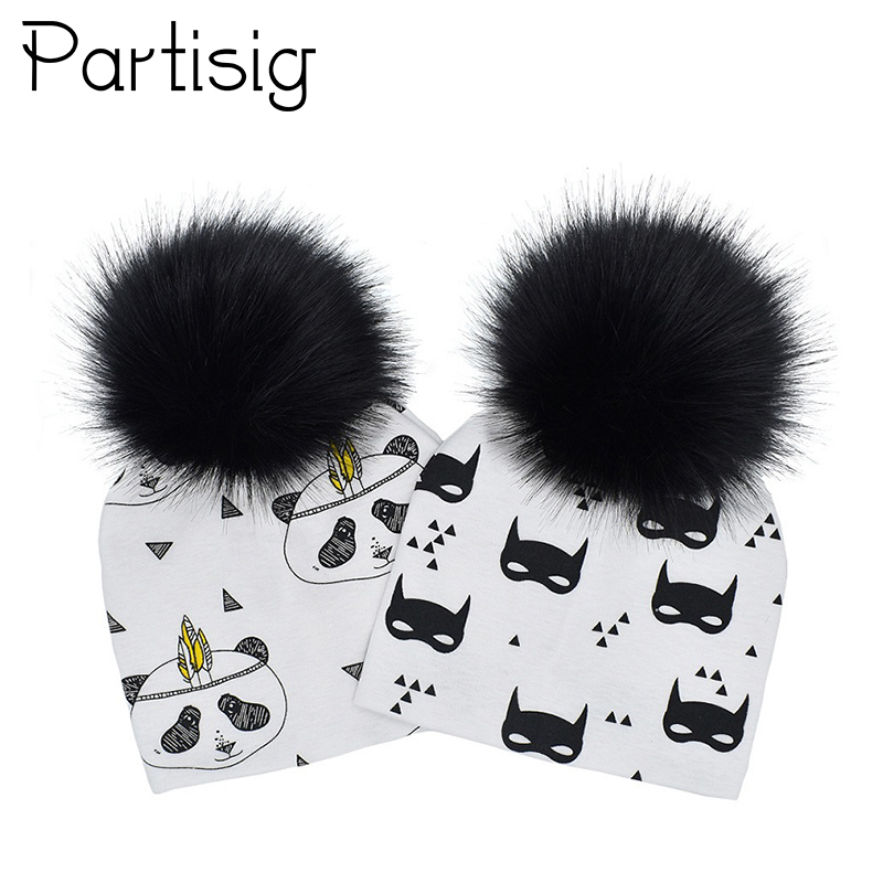 Baby Hat Black Pompom Baby Cap Autumn Winter Cotton Printing Baby Caps Faux Fur Kids Hats For Boys And Girls Pom pom Beanie 2 pcs set family matching hat autumn baby girls boys winter warm gorros para bebe faux fur pompom ball kids knitted beanies hat