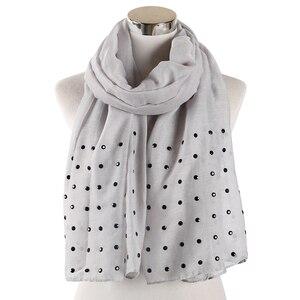 Image 4 - FOXMOTHER Vrouwen Wit Roze Effen sjaals Met bead studs sjaals shawl Wrap moslim hijab Sjaals stola foulard femme 2019