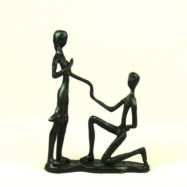 Foundry Iron Marriage Proposal Lovers Sculpture Abstract Metal
