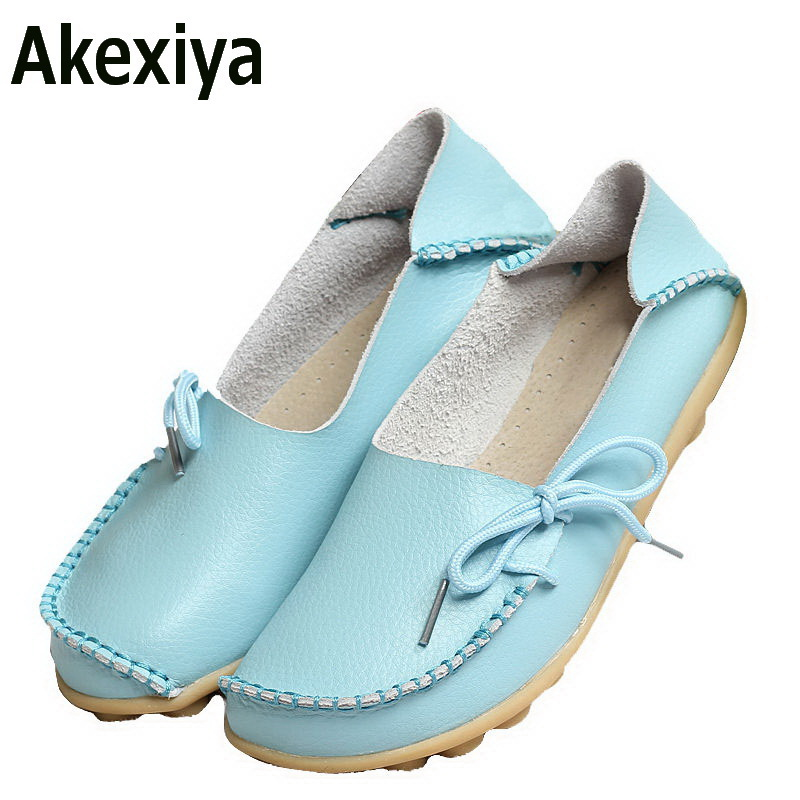 Akexiya New Women Real Leather Shoes Moccasins Mother Loafers Soft Leisure Flats Female Driving Casual Footwear Size 35-42 women genuine leather shoes for mother loafers new casual oxfords plus size soft comfortable flats sapato feminino zapatos mujer