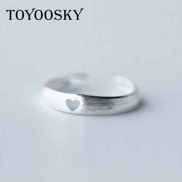 TOYOOSKY Classic Fashion Hollow Heart Love Ring Wire Drawing Effect ...