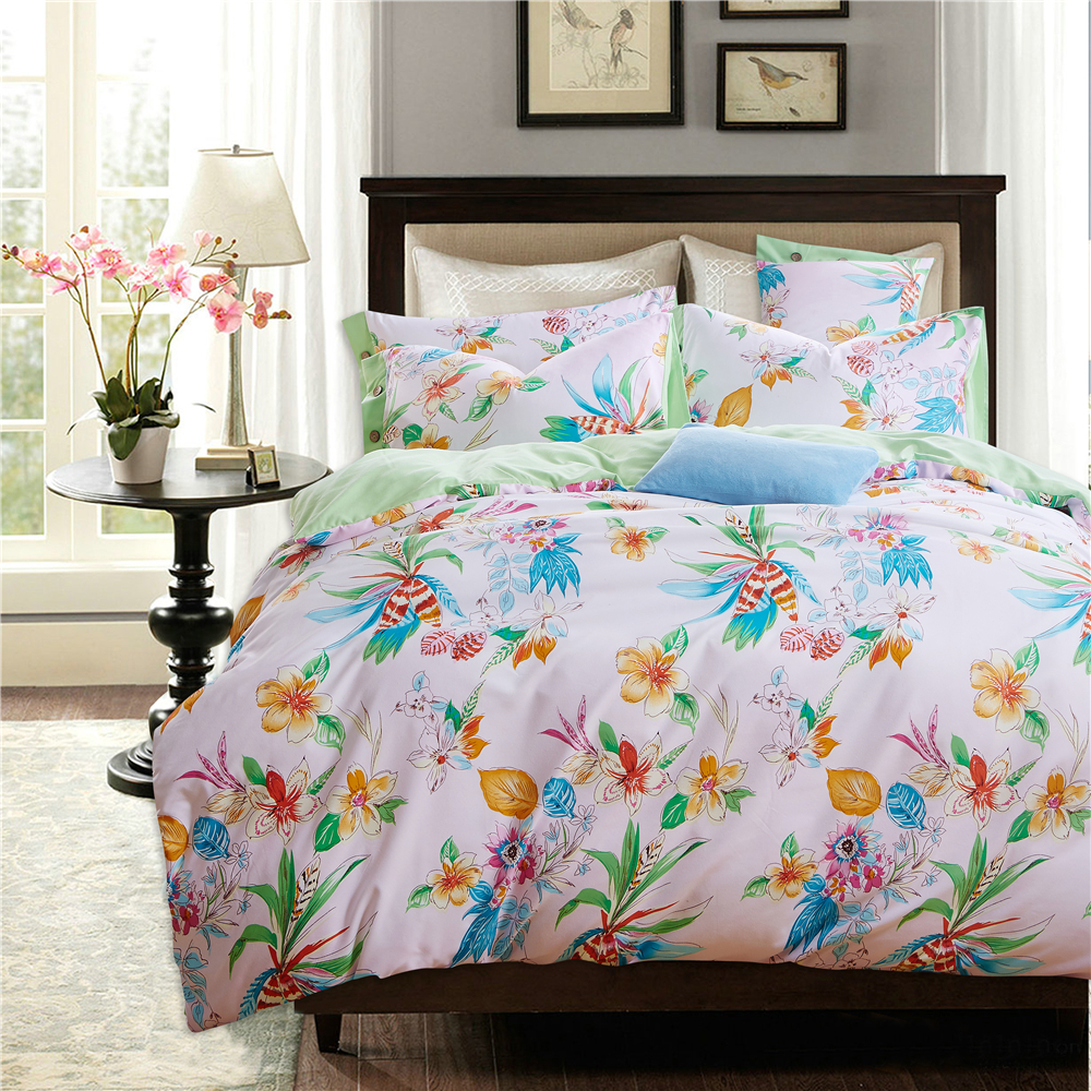 Masculine bedding beautiful bedding comforter sets twin where to buy bedding contemporary for Beautiful bedroom comforter sets