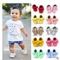 2016 nova 30 cores Handmade Borlas Moda Mocassim Bebê Fundo Macio Prewalkers Bebês Recém-nascidos Sapatos de couro PU Botas