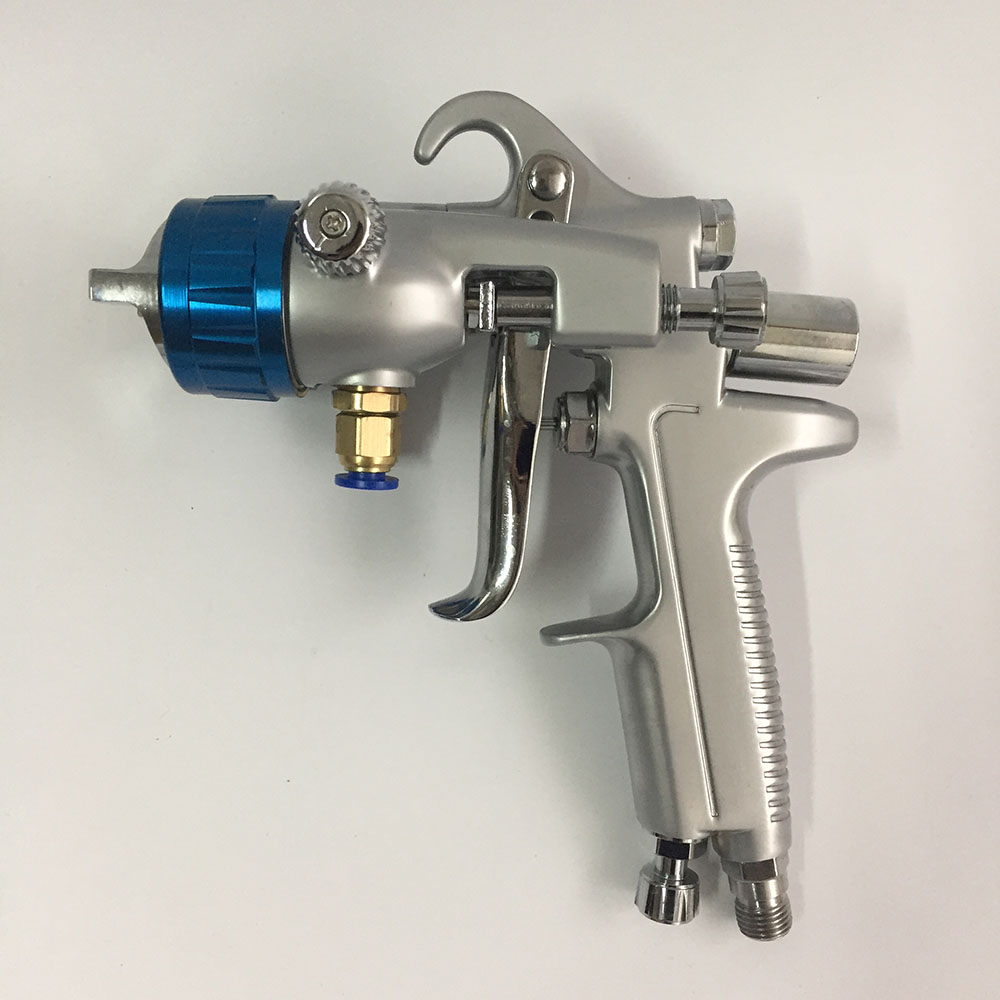 цена на SAT1189 pressure feeding type spray gun double nozzle nano chrome plate paint gun air tool for car painting dual head paint gun