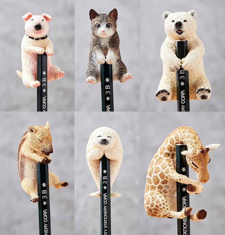Japanese Original Capsule 6pcs Cute Animal Life Pet Giraffe Bull Terriewild Boar Seal Bear Cat Hug On The Edge Cup Figures Toy