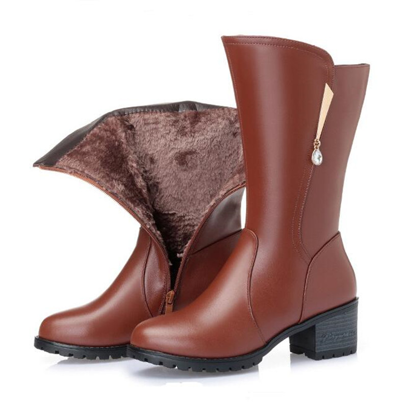 2018 New Large Size Winter Boots Women Shoes Elegant Rhinestone Genuine Leather Boots Comfort Warm Fur One Wool Women Boots2018 New Large Size Winter Boots Women Shoes Elegant Rhinestone Genuine Leather Boots Comfort Warm Fur One Wool Women Boots