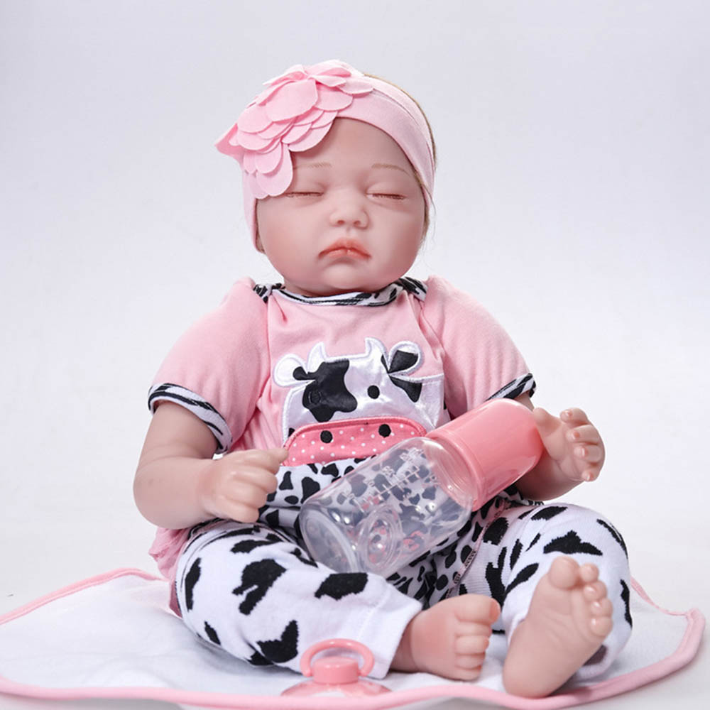 22 inches Closed Eyes Newborn Girl Doll Silicone Soft Realistic Reborn Baby Dolls with Cloth Body Toy Kids Birthday Xmas Gift 22 inches soft silicone reborn baby dolls cloth body real looking newborn alive girl babies boneca toy kids birthday xmas gift