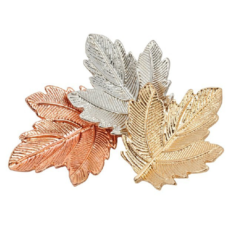 Vintage Three maple leaf Elegant brooches for Women Safety Scarf Shirt Dress Pins Broche Mujer female broches
