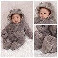 Mono del bebé del invierno del bebé niños niñas espesar cordero con una tapa del bebé ropa de recién nacido ropa