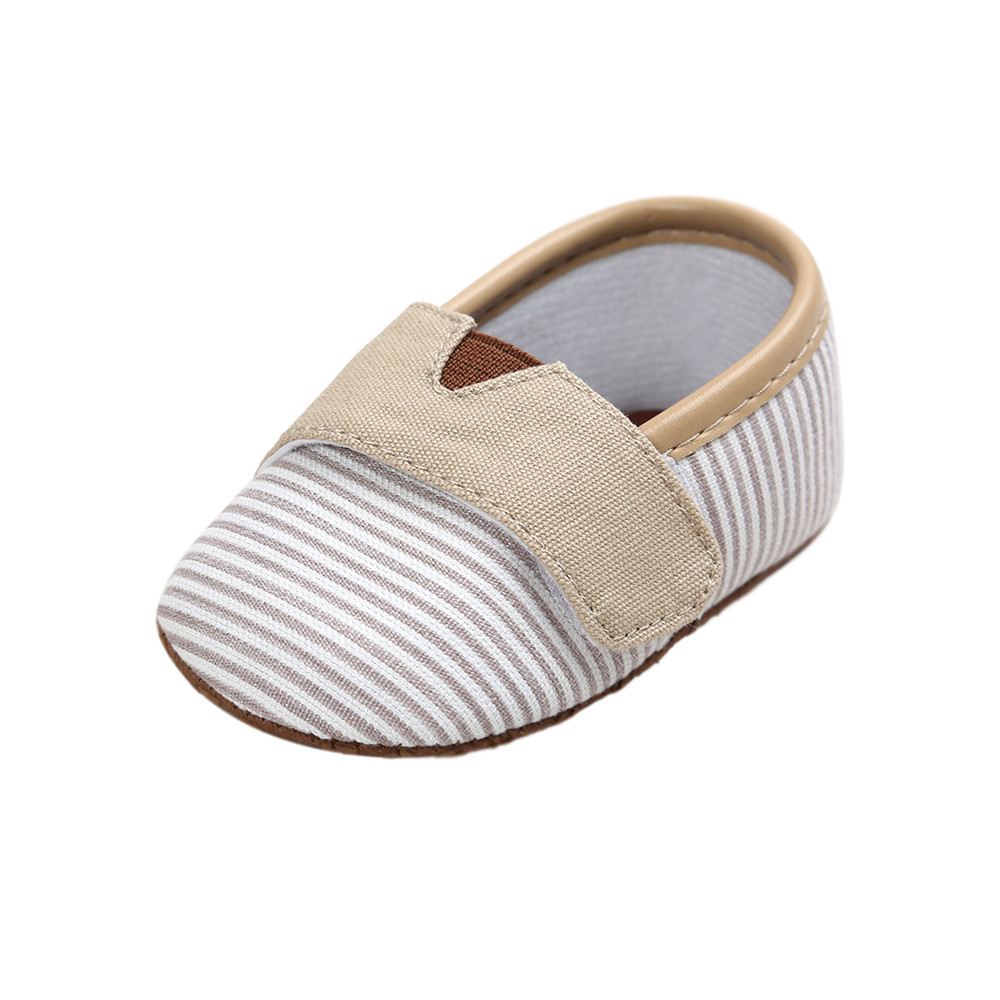 Delebao 4 Color Shallow Soft Sole Toddler Shoes Autumn New Design Baby Shoes Gingham Cotton Hook Loop First Walkers Wholesale in First Walkers from Mother Kids