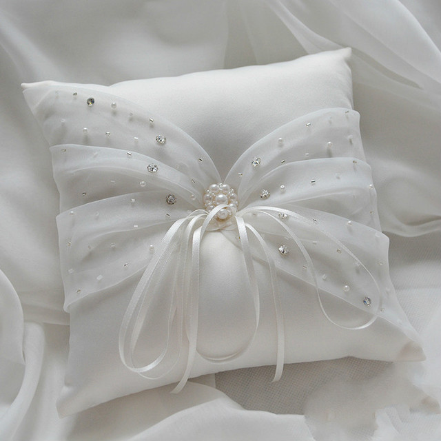 Western Style Elegant Diamond Wedding Favors Gift Ring Box Pillow