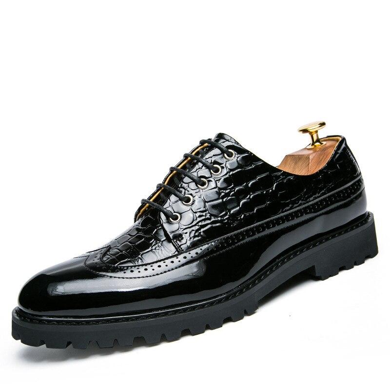 Grande Nova Formais Homens Luxo Vestido Black Pointy Negócios Casamento Sapatas Sapatos Primavera Loafers Red White Outono De Tamanho Dos black black qCA6Bq