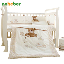 7Pcs Cotton Baby Cot Bedding Set Newborn Cartoon Bear Crib Bedding Detachable Quilt Pillow Bumpers Sheet Cot Bed Linen 4 Size