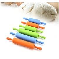 No-stick fondant rolling pin para niños Fondant rodillo de masa para pasteles rodillo de decoración de repostería manualidades herramienta para hornear Color al azar