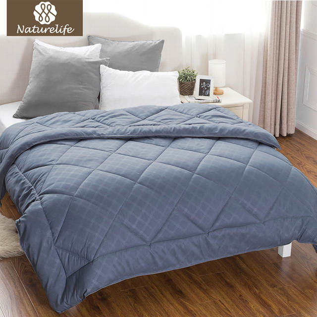 Naturelife Grayish Blue Diamond Sching Design Comforter High Quality Plaid Down Breathable Edredom Futon