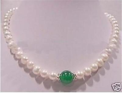 Selling jewerly >NEW 7-8mm white pearl 10mm green jadeite necklace17.5:>free shipping