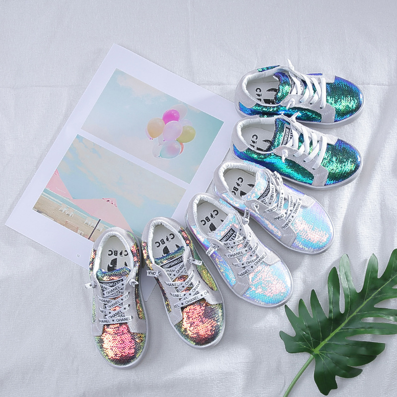 2018 Herbst Neue Kinder Schuhe Kühle Koreanische Mode Farbe Pailletten Schuhe Weichen Boden Jungen Casual Schuhe Attraktive Mode