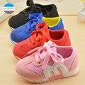 2017 Nuevo 1-5 años de edad los bebés varones y niñas deportes ocasionales zapatos inferiores suaves zapatos del niño recién nacido niños sneakers niños zapatos